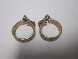 Vintage 1960'S Gold Tone Earrings Flower Petals Design - $9.99
