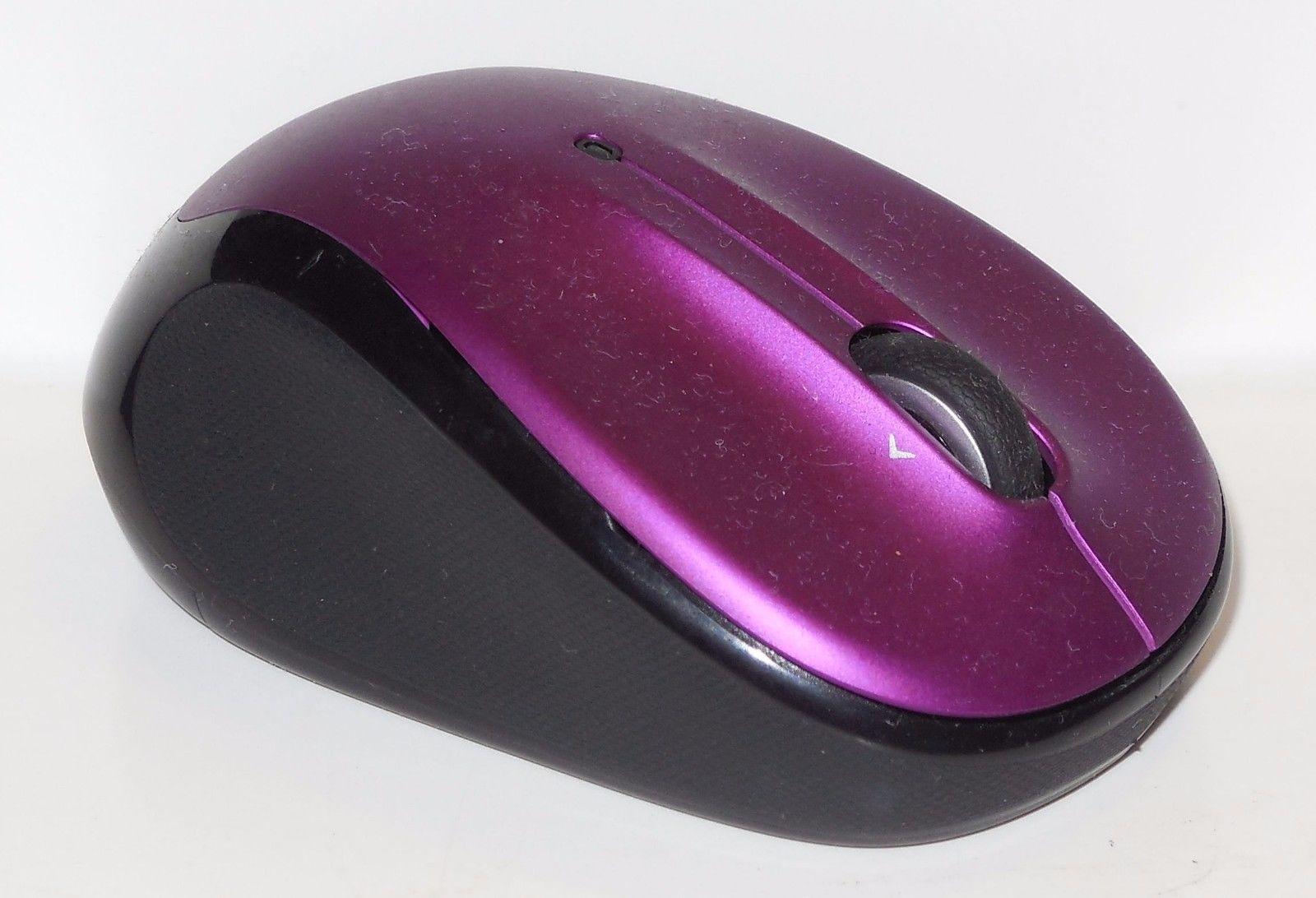Logitech M325 Wireless Mouse without and 50 similar items