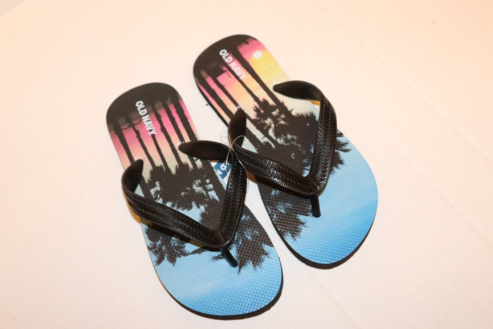 Old Navy Boys Flip Flops Shoes Size 1-2