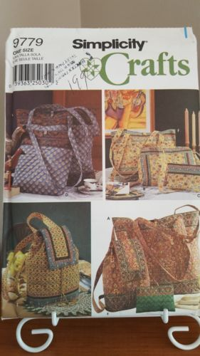 Simplicity 9779 TOTE BAGS BACKPACK PURSE COSMETIC BAG TOTE BAG PATTERN UNCUT