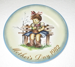 """Hummel Mother's Day Plate 1982 West Germany 7 3/4"""" - $8.95"""
