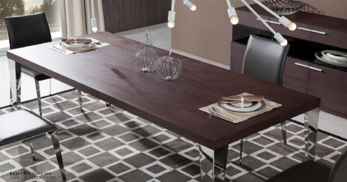 Vig modrest daytona modern brown oak dining table contemporary for Contemporary oak dining table