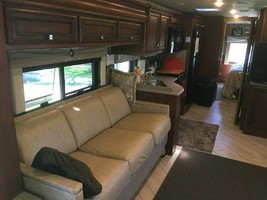 2017 NEWMAR BAY STAR 3518 FOR SALE IN LEVENWORTH KS 66048 image 5