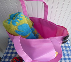 Clinique Large Beach Bag Tote Hot Pink Yellow Gingham 1990s As New Shopping Bag - $16.00