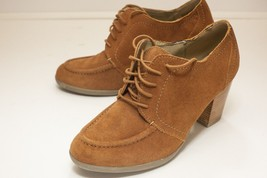 Kenneth Cole US 11 Brown Lace Up Heels - $28.00