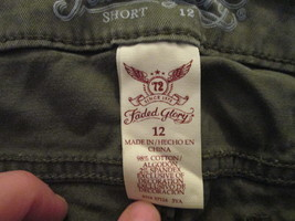 Womens Shorts Size 12 Faded Glory Olive Green TF222/ALS - $12.93