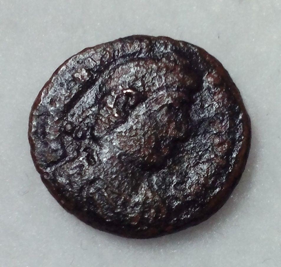 Valentinian Gloria Romanorvm ancient Roman coin - $24.88