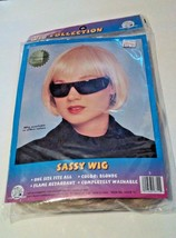 New Adult Blonde 20s Flapper Chic Sassy Costume Bob Wig - $12.60