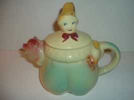 Vintage Shawnee Tom The Pipers Son Teapot - $39.99