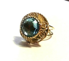 LARGE VINTAGE 14K YELLOW GOLD CHECKERBOARD BLUE TOPAZ FILIGREE RING - $300.00