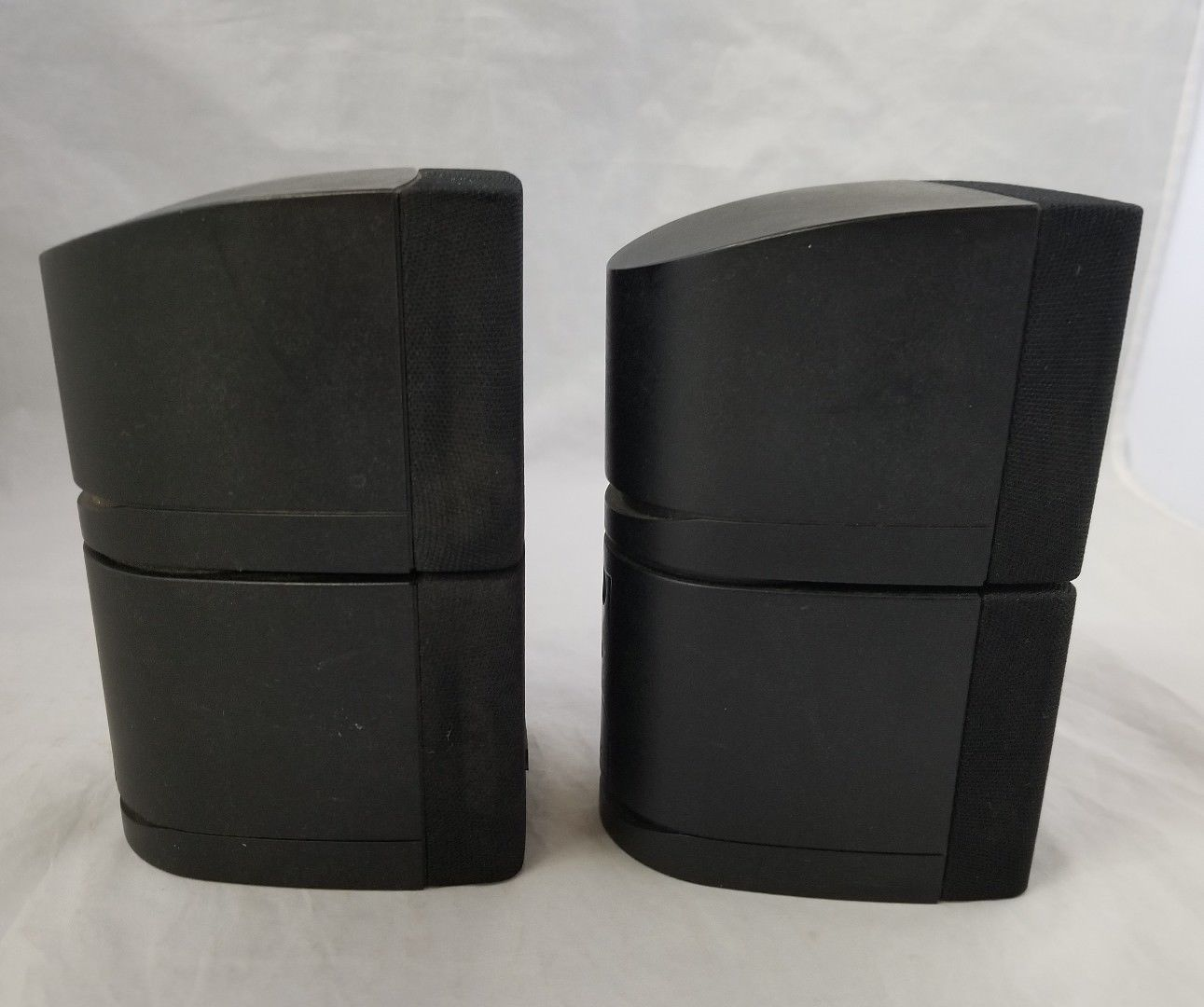 "Bose Double Cube Speakers Set of 2 Lifestyle Acoustimass Black 6.25""H x 3""W x4""D"