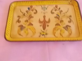 VINTAGE HAND PAINTED  PAPER MACHE  QUALITY BAR ... - $4.95