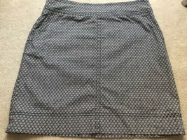 Talbots Black and White Floral Stretch Straight Skirt, Women's Size 10 - $23.74