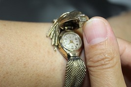 RARE VINTAGE HAWTHRONE 17 JEWELS LADY WATCH SWISS MADE GOLD TONE - $130.78