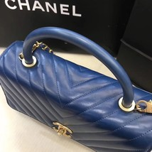 100% AUTHENTIC CHANEL CHEVRON QUILTED ROYAL BLUE MEDIUM COCO HANDLE BAG GHW image 4