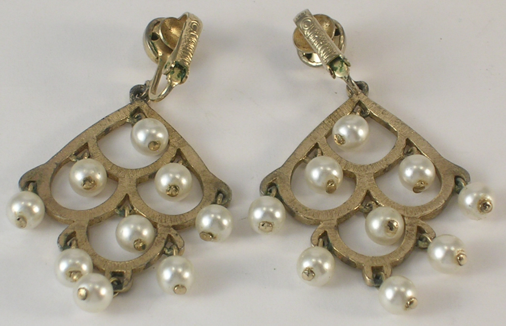 Clip On Earrings Chandelier Imitation Pearls and Gold Color Metal Sarah Coventry