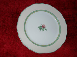 Wedgwood English Cottage collection cream dinner plate - $19.75