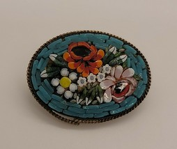 Vintage floral oval micro mosaic brooch pin - $16.58