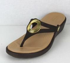 Crocs Donna Sandali Scarpe Zeppa Marrone GOMMA Taglia 6 - $21.25