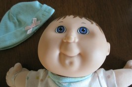HASBRO Cabbage Patch Baby Doll 1992 10 inches green signed Xavier Roberts - $22.00