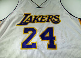 KOBE BRYANT / LOS ANGELES LAKERS / AUTOGRAPHED LAKERS WHITE CUSTOM JERSEY / COA image 2