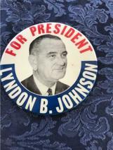 Lot of 18 Political Buttons Pinback Nixon Johnson Obama Carter Dole Bush Agnew image 11