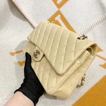 SALE* AUTHENTIC Chanel Quilted Lambskin Classic Medium Beige Double Flap Bag SHW image 5