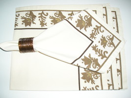 """4 Cream Colored Napkins With Brown Tulip Flowers Around The  Edge  20"""" ... - $10.99"""