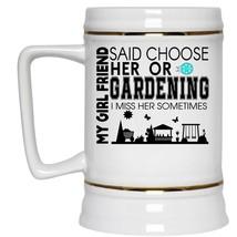Couple Beer Stein 22oz, My Girlfriend Said Choose Her Gardening Beer Mug - €23,78 EUR