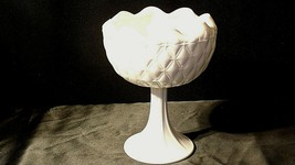 White Ruffle Heavy Etched Chalice Cut Glass (Large ) AA20-CD0065 Vintage image 2