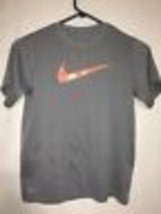 Nike Youth T Shirt Dri Fit Sz Small Gray Orange Athletic Nike Swoosh - $13.77