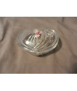 Small Swirled Glass Heart Shaped Trinket Holder with Flower (M) - $29.70