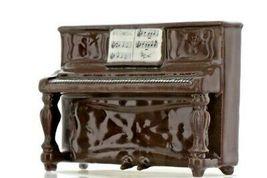 Meowsic Piano Figurine - Miniatures by Hagen-Renaker, INC image 3