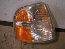 02 03 04 Ford Explorer R. CORNER/PARK Light 164431 - $29.70