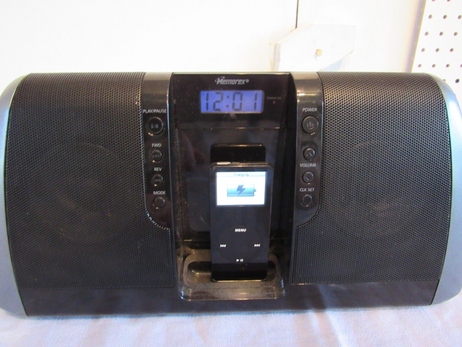 Apple iPod Black Mi3020 Docking Station Memorex