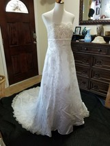 David's Bridal Princess White Wedding Dress - $217.80