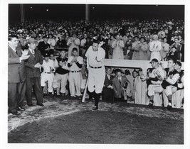 Babe Ruth 8X10 Photo New York Yankees Ny Baseball Picture Farewell - $3.95