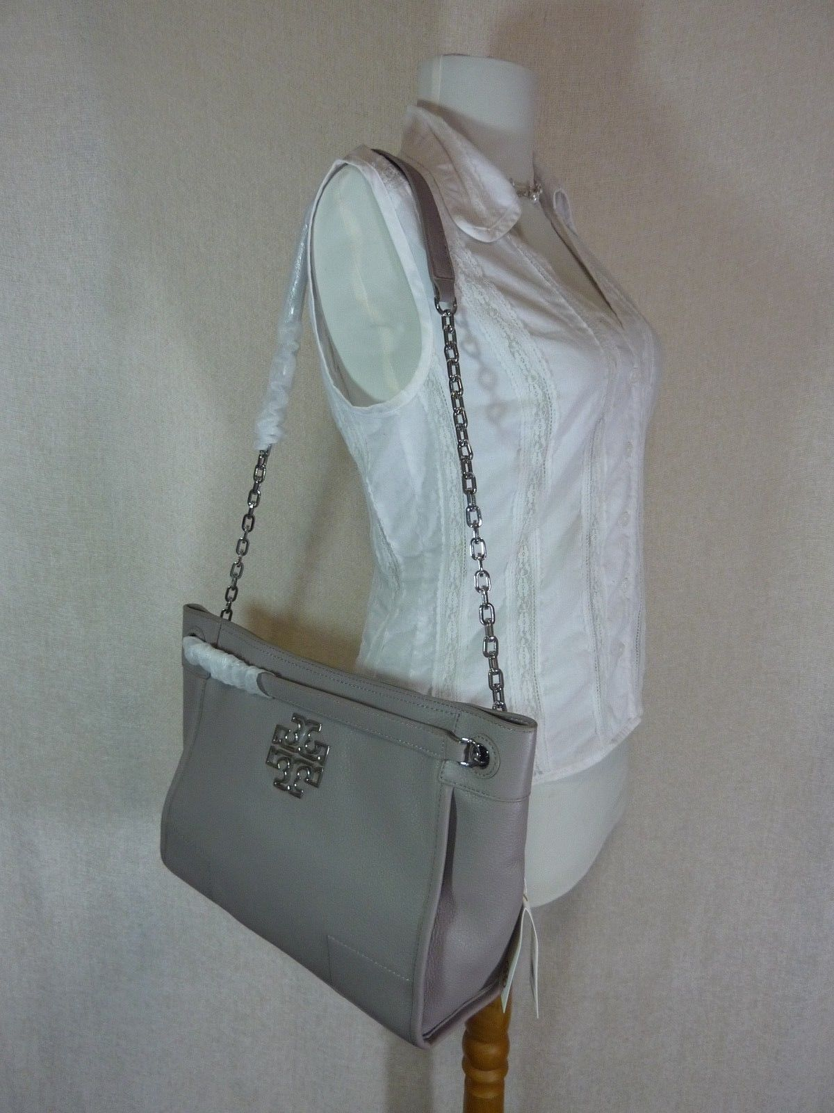 NWT Tory Burch French Gray Pebbled Leather Small Britten Slouchy Tote - $475