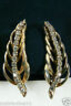 Vintage Large Gold Tone Clear Crystal Rhinestones Leaf Shape Clip On Earrings - $18.81
