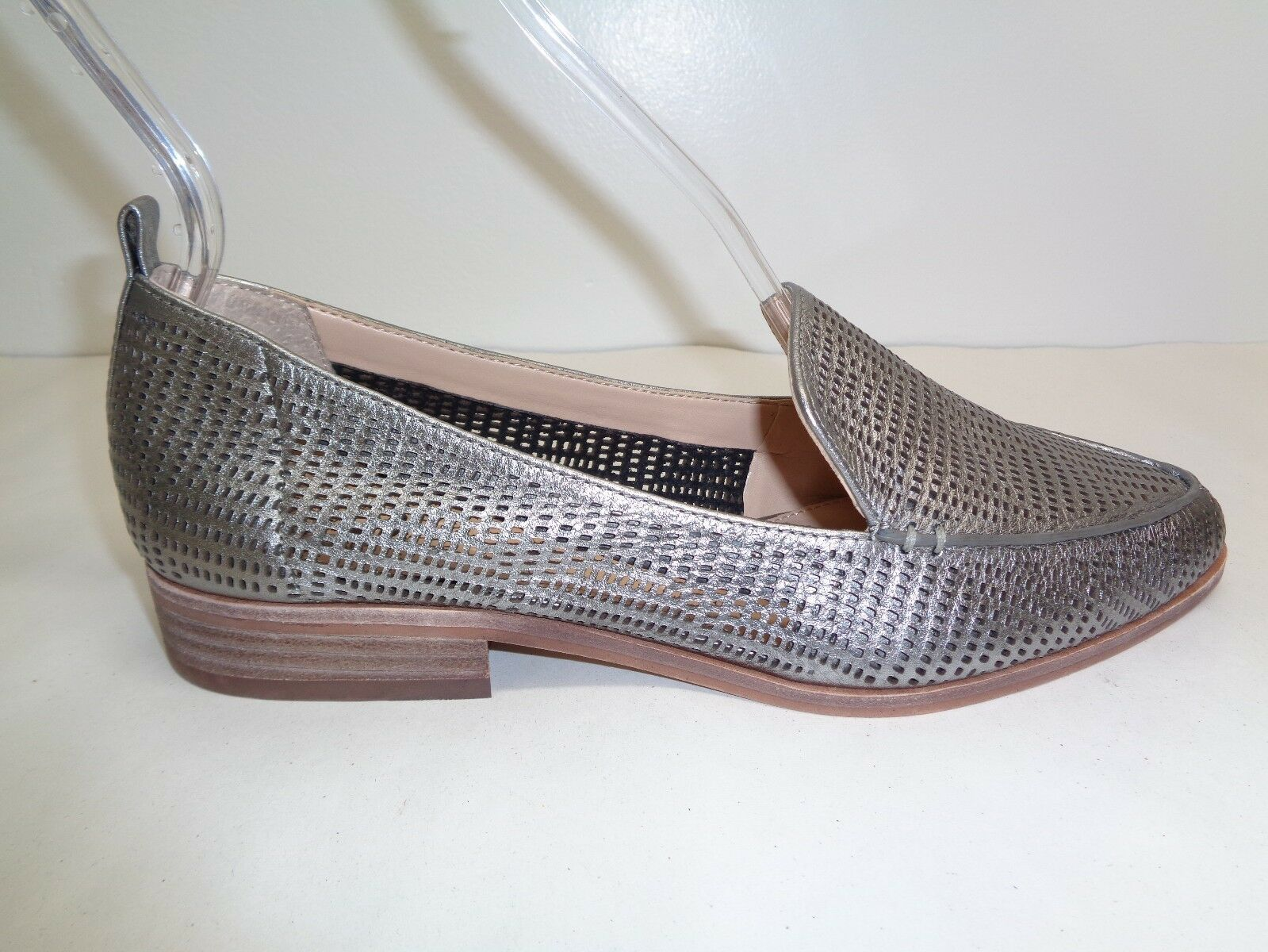 Vince Camuto Size 8.5 M KADE Silver Perforated Leather Loafers New Womens Shoes - $98.01