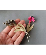 Set of 2 enamel floral  brooches Vintage Brooches in shape of rose and b... - $25.00
