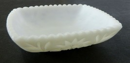 Hazel Atlas Milk Glass Square Prescut Bowl 'Smooth Saw Tooth Edge White ... - $19.68