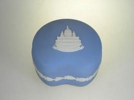 Wedgwood Jasperware Cream on Lavender Bean Box With Lid St. Paul's Cathe... - $24.81 CAD