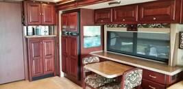 2010 Tiffin Motorhome For Sale In Holcombe, WI 54745 image 4