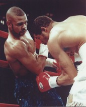 ROY JONES JR 8X10 PHOTO BOXING PICTURE IN CLOSE ACTION - $3.95