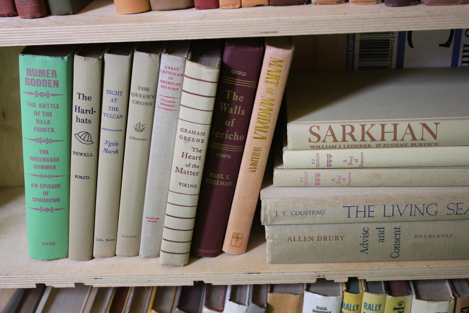 Hardcover Vintage Random Book Lot of 13 Books for Shelf Decor or Crafts