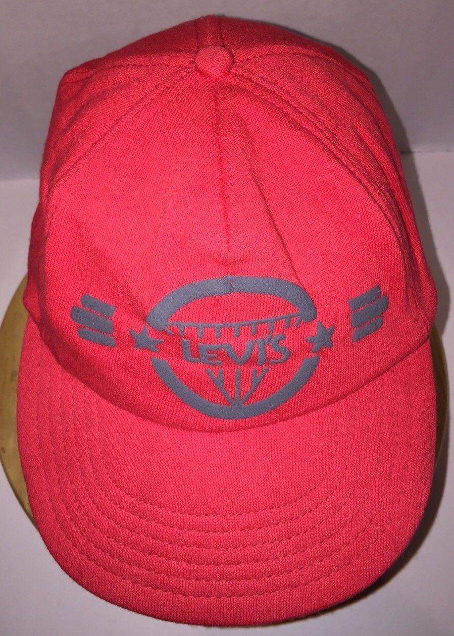 14c6b90088a Vintage LEVI S 80s USA Red Hat Cap Snapback Made Humphreys Chicago IL  DIAMOND