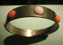 Gerard Yosca Metal and Two-Tone Coral Colored Stone Dots Bangle Bracelet Vintage - $9.49