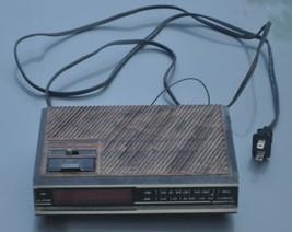 Vintage Digital Alarm CLOCK--SPARTUS 0105--MID Century Modern Works - $20.57