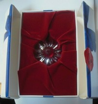 Swarovski Crystal SCS Red Marguerite Cake Topper W/Box - $35.00